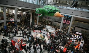 Tokyo_Big_Sight_West_Exhibition_Hall_Atrium